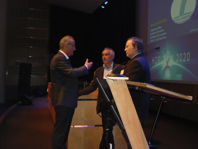 Massimo Burioni (Project Officer, DG Research and Innovation), Peter Kuikman (Coordinator, FERTIPLUS) and Edward Someus (Coordinator, REFERTIL)